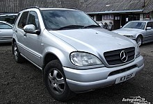 Mercedes-Benz ML320, benzinas / dujos